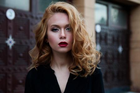 Прическа и макияж творят чудеса: фото женщин до и после работы стилиста