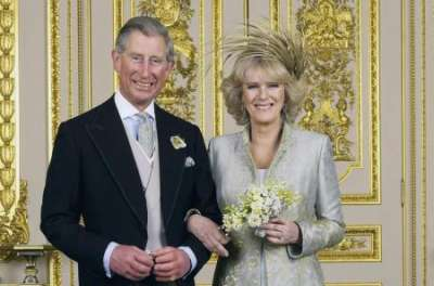 История любви принца Чарльза и Камиллы: от случайного знакомства до королевской свадьбы