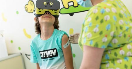 Впервые в Украине: «Добробут» внедрил VR-вакцинацию