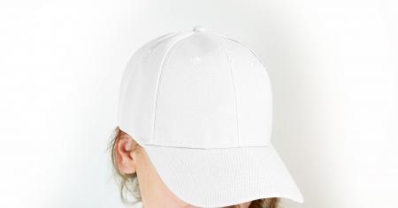 Без соломы на голове: 5 идеальных головных уборов на лето вместо шляпы